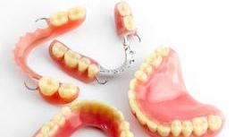 Modern Dentures and Patient Expectations | Oak Family Dental