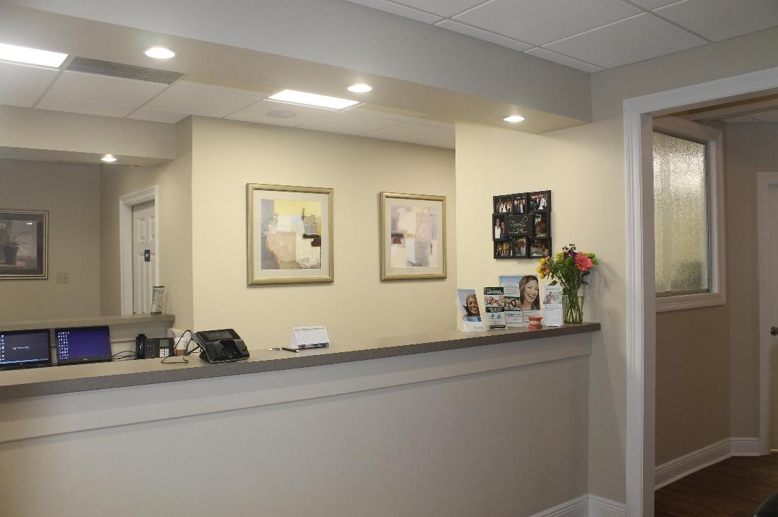 Reception Area Oak Family Dental | dentist metairie la