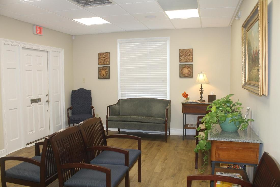 waiting area | Oak Family Dental | dentist metairie la